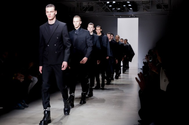 calvin-klein-collection-m-f15-finale-011815_ph_getty-images-800x533